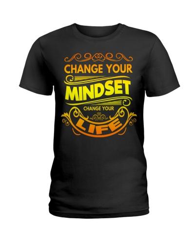 Change your Mindset -  Empowering T-Shirt